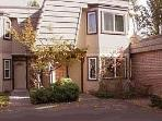 Fabulous 3 Bedroom/2 Bathroom Condo in South Lake Tahoe (Nice Condo with 3 BR/2 BA in South Lake Tahoe (0093A - 439 Ala Wai, 93))