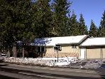 Charming House with 5 BR &amp; 3 BA in South Lake Tahoe (0917T - 917 Tahoe Keys Blvd)