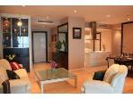 2 bedroom balcony apartment,Chaophraya view,WiFi