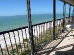 9th floor Ocean Sands corner condo with spacious balcony & free internet!