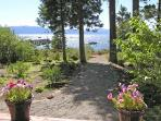 Burch Tahoe Lakefront - Hot Tub &amp; Dog Friendly