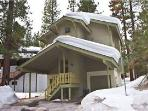 Ideal House with 2 BR, 2 BA in South Lake Tahoe (3397 Pine Hill Rd)