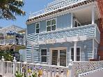 Beautiful Victorian style condo- near beach, jacuzzi tub, private patio, BBQ
