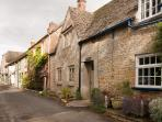 Cosy luxurious cottage, in the heart of Stow.