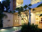 Luxury 3 Bedroom Pool Condo in Nai Harn Oxygen