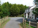 Pet Friendly Holiday Cottage - Toch Bridge Farm Cottage, Llawhaden