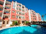 Desert Pearl Apartments 1 bed with large pool