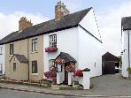 NUMBER 7, pet friendly, character holiday cottage, with a garden in Allestree, Ref 4104