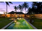 VILLA  PLEIADES, 4 min to UBUD, WINNER TOP AWARDS