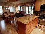 Aspen 3 BR &amp; 3 BA Condo (Gorgeous Condo with 3 BR &amp; 3 BA in Aspen (Lift One - 206 - 3B/3B))