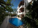 CASA DEL SOL F1 - 2 blocks from Mamitas beach!