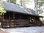 A Cozy Mountain Cabin - 2 Bedroom & Loft, 2 Bathroom Sleeps 12