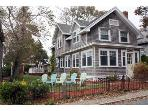 Updated Gorgeous Victorian in the heart of Onset