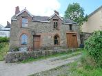 Pet Friendly Holiday Cottage - Penrallt, Fishguard