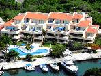 Fantastic H20-Front Condo__Upscale, Private Resort