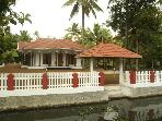 Coconut creek kumarakom homestays &amp; houseboats