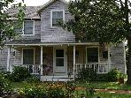 Cozy 4 Bedroom Home in Oak Bluffs...walk to town!