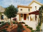 Aphrodite Hills 2 Bed Villa with Communal Pool