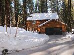 LUXURY CABIN,1/2 HR TO KRKWD SKI/LAKE TAHOE, 5 MIN