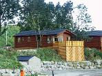 LAKELAND CABIN, family friendly, character holiday cottage, with pool in South Lakeland Leisure Village, Ref 1484