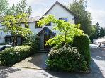 BOWNESS family-friendly cottage, upside down accommodation, stunning views in Bowness-on-Windermere Ref 16112