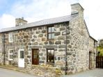 MINFFORDD COTTAGE, family friendly, character holiday cottage, with a garden in Llanegryn, Ref 2069