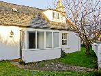 CHERRY TREE COTTAGE, with a garden in Nairn, Ref 4445