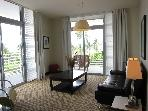 ‪Deluxe Executive One-Bedroom Condo w/ Two Balconies / full Oceanfront - On Ocean Drive and 11th St. - Boutique Hotel - South Beach‬