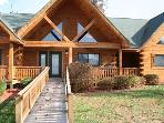 Bear Den Retreat - Wood Duck 808 - Dog Friendly &amp; Handicap Accessible!