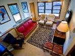 Downtown Cute Condo! Wifi! Pets! $150/nt Slps 7
