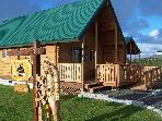 Log Cabin, Hot Tub, Fireplace, WiFi - Near Beach!