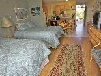 Napili Shores Resort studio with 2 queen size beds