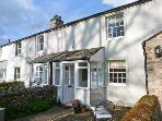 ASH VIEW COTTAGE, romantic retreat with multi-fuel stove, in Maulds Meaburn, Ref 12050