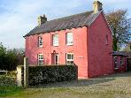 MAES-Y-FFYNNON, pet friendly, character holiday cottage, with hot tub in Cenarth, Ref 12064