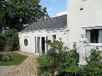 DERWEN FACH, romantic, country holiday cottage, with a garden in Michaelston-Y-Fedw, Ref 12163