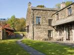HELM KENT, family friendly, character holiday cottage, with open fire in Bowness & Windermere, Ref 12903