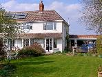 THE COTTAGE, a pet-friendly romantic cottage with garden in a rural location near Whitchurch, Ref: 13626
