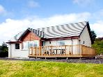 THE ROWANS, family friendly, country holiday cottage, with a garden in Strathpeffer, Ref 1901