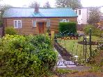 LLWYN ONN, pet friendly, country holiday cottage, with a garden in Nercwys, Ref 1960