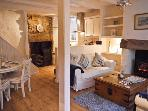 WORTLEY COTTAGE, character cottage, freestanding bath, pet friendly, ideal for families, in Robin Hood's Bay, Ref 21455