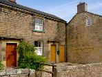 CHURCH VIEW COTTAGE, pet friendly, character holiday cottage, with a garden in Longnor, Ref 2170