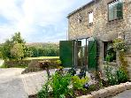 PEAK VIEW, family friendly, luxury holiday cottage, with pool in Hollow Meadows, Ref 2262