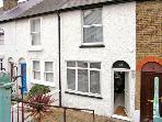 DIMITY COTTAGE, pet friendly, with a garden in Whitstable, Ref 2349