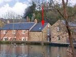 STABLE COTTAGE, pet friendly, country holiday cottage in Cromford, Ref 2400