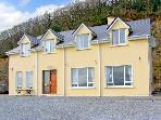 MOUNTAIN VIEWS, family friendly, country holiday cottage, with a garden in Killarney, County Kerry, Ref 2456