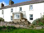 CWMPORTHMAN FARM COTTAGE, family friendly, country holiday cottage, with a garden in Blaenporth, Ref 2482
