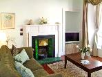 THE TOWNHOUSE, family friendly, character holiday cottage, with a garden in Kirkcudbright, Ref 2526