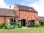 THE WAINSCOTT, family friendly, country holiday cottage, with a garden in Great Lyth, Ref 2602