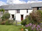 WAGTAILS, pet friendly, character holiday cottage, with a garden in Winkleigh, Ref 2778