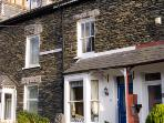 BURKESFIELD COTTAGE, family friendly, country holiday cottage, with a garden in Bowness & Windermere, Ref 2971
